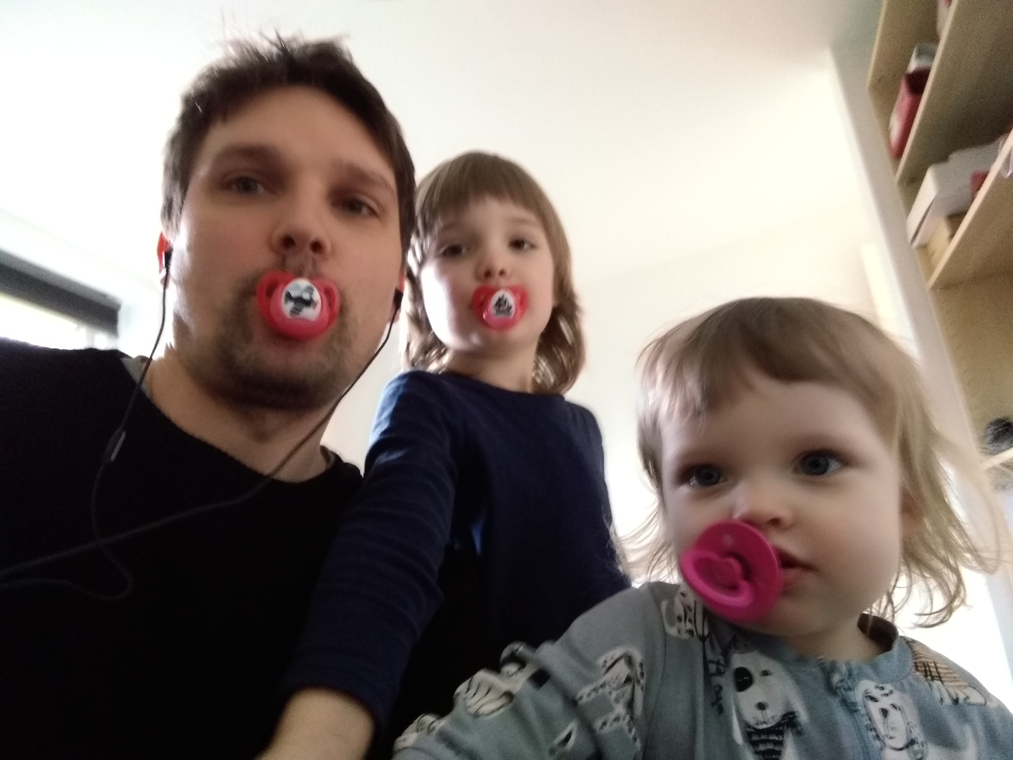 People Pic - Tore Linde - Working from Home with 2 Kids in CPH